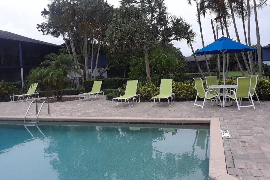 Luxe swimming pool